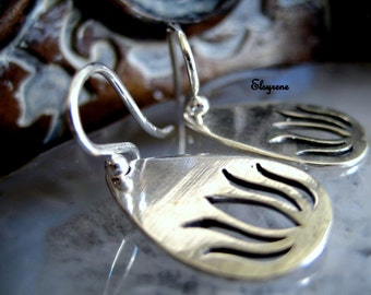 Minimalist  Silver Lotus Earrings- Yoga Sterling Silver Lotus Earrings-Re-bird lucky charm earrings-gift for her-Yoga,zen