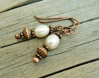 White Freshwater Pearls and Antiqued Copper Dangles earrings
