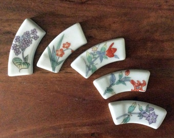 Five flower ceramic hashioki from Japan