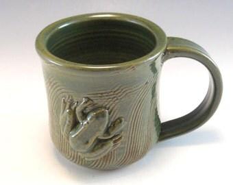 Hand Made Pottery Frog Mug/Pottery Froggy Cup 8-10 Ounces