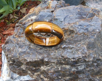 Segmented and Stretchy (LARGE PIECES) Tiger Eye Bracelet --  AWESOME