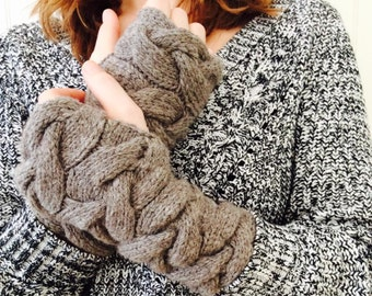Cabled fingerless mittens ( SALE )
