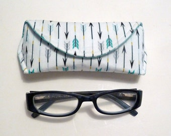 Eyeglass Case - Sunglass Case - Arrow -  Magnetic Clasp - Gifts for Her - Gifts for Readers