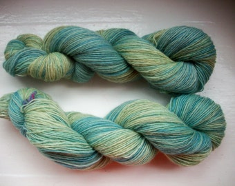 Sock yarn, hand painted, alpaca merino yarn, fine, green, blue 100g by SpinningStreak