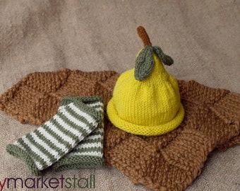 Baby Yellow Pear Hat and Legwarmer Set - 0-3 Months - Ready to Ship