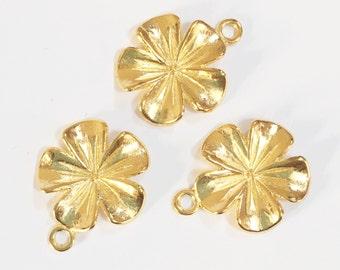 12 pcs of Gold tone flower pendant 20x19mm , bulk alloy flower pendant