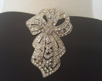 Beautiful Art Deco Rhinestone Dress Clip