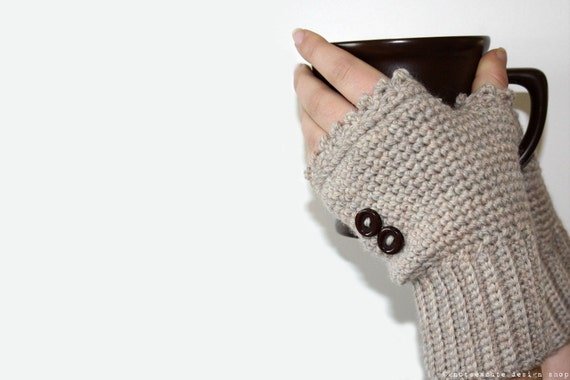 CROCHET PATTERN - Ladies Fingerless Mitts - Instant Download (PDF)
