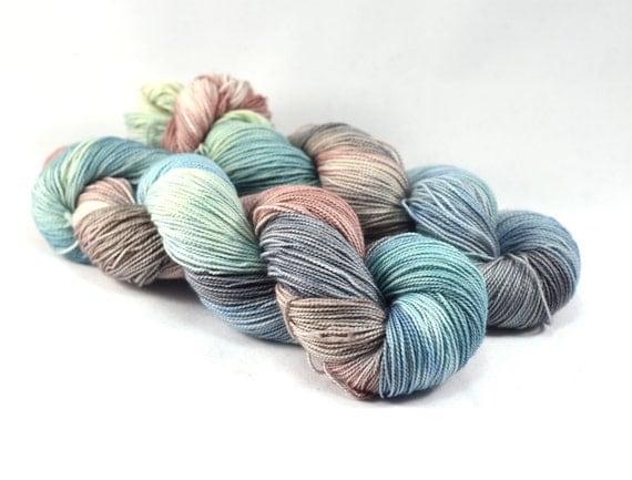 Amalfi Coast - Letter - Pantone 2016 Yarn - 100% Superwash Merino Wool, 400 yards/100g