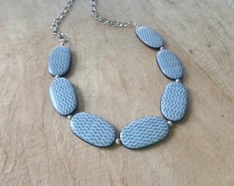 White black necklace chunky necklace longer style