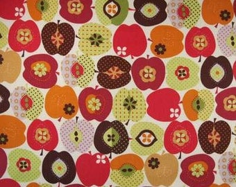 1/2 Yard* Rare Timeless Treasures APPLES Cream Brown Red Green Quilt Fabric *2 cuts - 1 Quarter Yard and 1 Fat Quarter - Owl Cotton