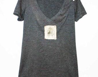 Women's Bunny Tshirt, Print Tshirt, Vneck Tshirt, Appliqued Tshirt, Bird Tshirt, Graphic Tshirt, Vintage Style Tshirt
