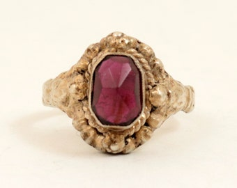 Art Deco Rose Cut Garnet Ring, Sterling Silver, Garnet Gemstone Ring, US 6.25, UK M, Made in England, Persian Style Ring, Vintage