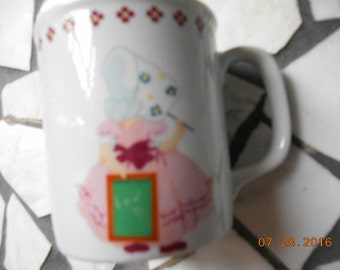 1984 Bonnet Girls By Shafford Porcelain Mug