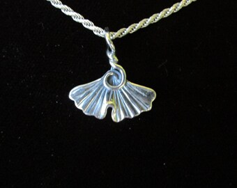 Simple Medium Ginkgo Sterling Silver Pendant