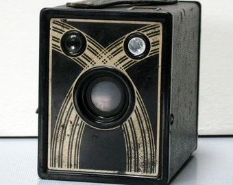 Working Vintage Marvel S-20 Box Camera for 120 Film