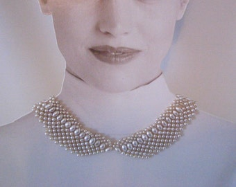 Vintage Faux Pearl detachable Peter Pan Collar