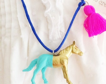Horse Necklace Tassel necklace Decorated Plastic Animal Necklace Girls Horse Charm Jewelry Equestrian Necklace Kids Jewelry