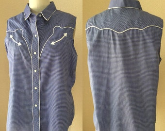 Vintage Blue and White Western Cut Girls Shirt. Vintage 70's / 80's. Woman's top
