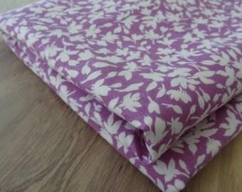 "Vintage Fabric. Violet. Floral Silhouettes. Cotton. 2 yds 14"""