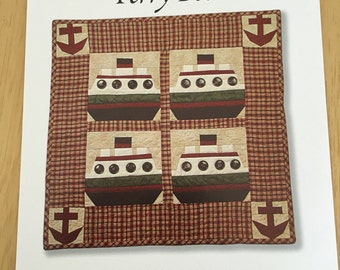 """OOP New 1998 Sweet Peas: Ferry Boat Quilt # 585 by Kim Halvorson Single Boat Quilt 13"""" x 13"""" and Full Quilt 30"""" x 30"""""""