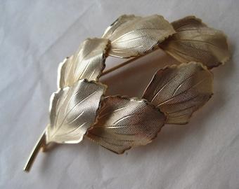 Leaf Brooch Gold Vintage Pin