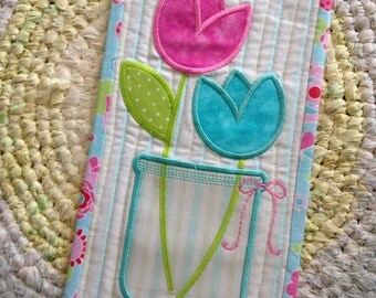 Quilted SPRING TULIPS Wall Hanging . . . Applique tulips . . . Vinyl Mason Jar Vase. . . Cute Metal Hanger