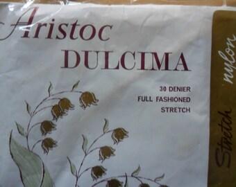 Vintage Aristoc Dulcima seamed stockings