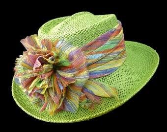 "Women's Golf hat, Straw Sun Hat, Summer Hat, Gambler style Golf Hat - ""On The Green"""