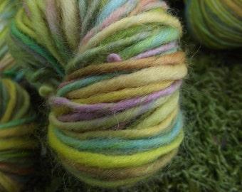 Handspun yarn, Hand painted handmade organic Polwarthwool yarn, La Maitresse du Jardin