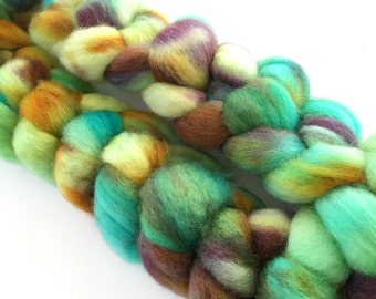 "Hand dyed BFL wool top, ""Valley Stream"", 4.0 oz."
