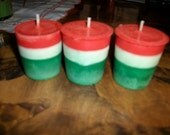 24 CHRISTMAS VOTIVES  in red/white/green  you pick scents