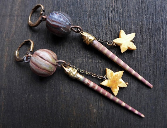Clay Underfoot. Rustic artisan earrings with polymer clay art beadsin soft mauve.