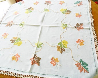 Autumn Table Topper, Hand Embroidered Table Topper, Leaf Tablecloth, Autumn Tablecloth, Tatting Tablecloth