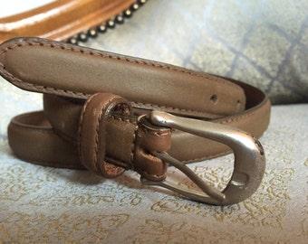 Grey Brown Leather Waist or Hip Buckled Belt - Vintage 80s - MEDIUM M