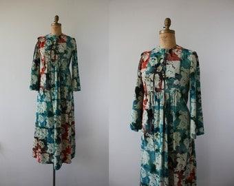 vintage 1970s dress / 70s batik print dress / 70s maxi dress / batik maxi dress / festival dress / boho maxi dress / size medium