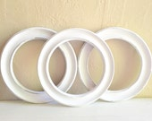Three 3 White Shabby Chic Wood Round Circle Picture Frame Painted