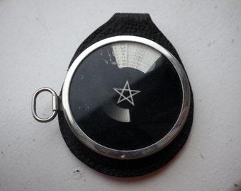 Vintage light Meter -  Zeiss/Ikon Model: Diaphot - Pocket Series With Case.