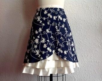 Bella linen ruffle front skirt Sz 12