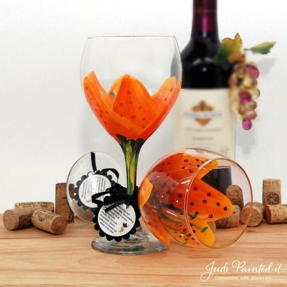 Tiger lily, Stargazer lily, painted wine glass, flower wine glass, personalized, gift, wine goblet, birthday wine glass, unique wine glass