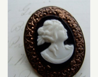 20PercentOff Vintage Antique Gothic Cameo Brooch N051
