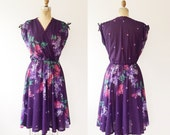 surplice dress / 70s surplice dress / Lilac Bouquet dress