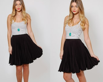 Vintage 60s PLEATED Mini Skirt Black SKATER Skirt Mini SWING Skirt