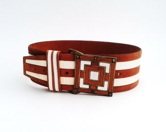 Vera Neumann Tan White Belt Suede Leather Stripe Studded Large Brass Square Buckle Vintage Fashion Accessory S Small