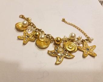 Golden Stars Rhinestones Faux Pearls Vintage Charm Bracelet