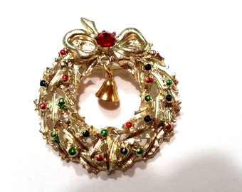 Gold Tone Wreath with Bell Rhinestone Vintage Pin Wreath