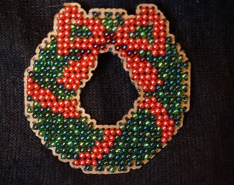 Handmade Beaded Wreath Christmas Holiday Pin