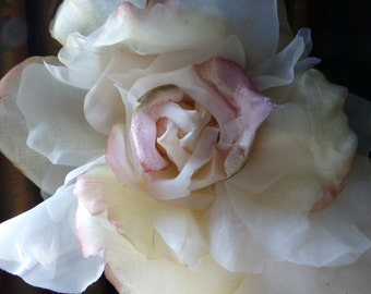 SALE Silk Flower Grand Millinery Rose in Ivory & Pink Ombre for Couture, Bridal MF 4933