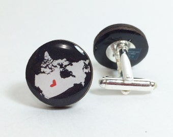 Canada Map with a Mini Heart Cufflinks