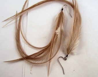 Long Feather Earrings taupe New color